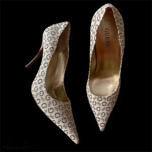 Guess Print Pointed Toe Heels